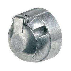 Metal socket