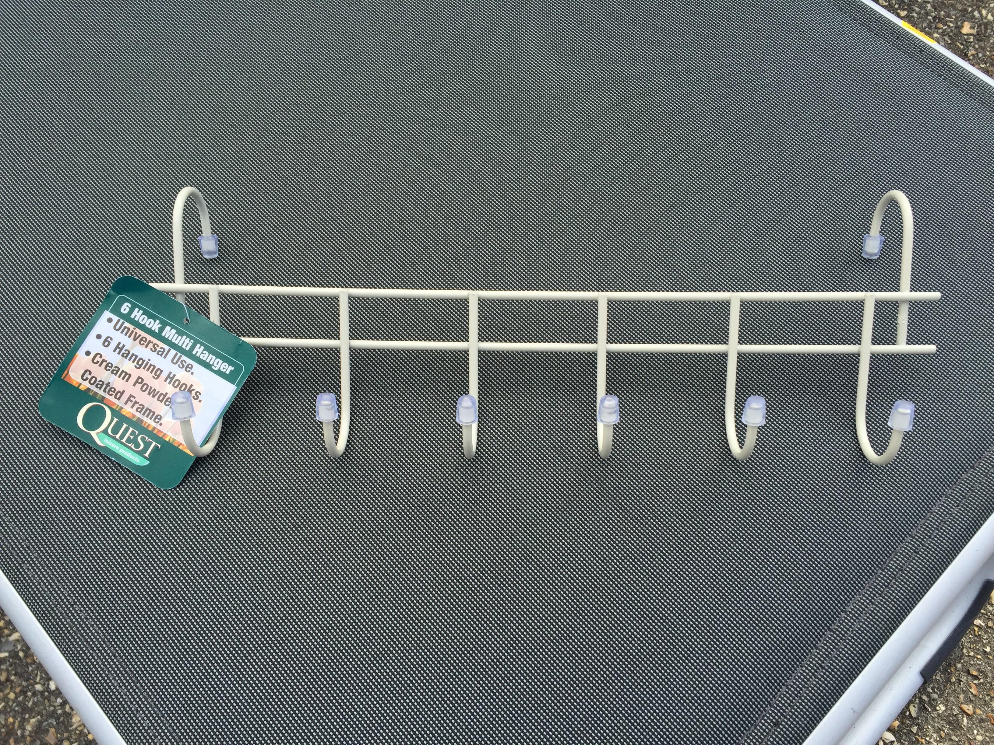 Quest Hanger